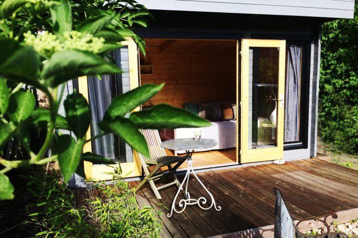 Ich baue ein Gartenhaus aus Holz – mit einem Bausatz